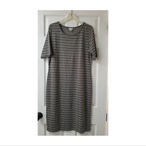 Lularoe Julia Formfit Midi Dress Black/White Print